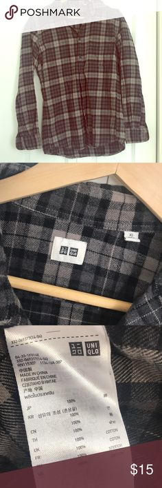 Uniqlo Flannel Shirt Super comfy- great with just leggings. In great condition- just need to clear some of my closet. Uniqlo Tops Button Down Shirts