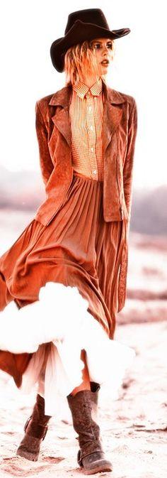 Wild West ft Patrisha by Maciej Bernas for Design Scene - Cindy--photo w/out a top under jacket Cowgirl Chic, Western Chic, Cowgirl Style, Western Wear, Vintage Cowgirl, Boho Fashion, Fashion Outfits, Cowgirl Fashion, Boho Life