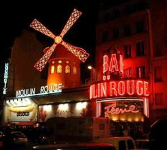 Moulin_Rouge_at_night_red_windmill.jpg (615×551)