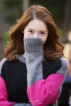 Girls Generation, Yoona, SNSD... I love that sweater, Unnie ^^