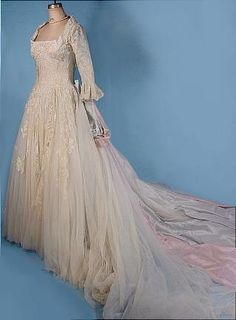 "c. 1950's ""Colonial Style"" Designer Wedding Gown with Separate Bridal Crinoline Slip!"