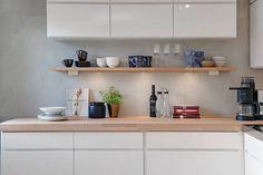 3 Simple Improvement Ideas For Your Kitchen Space – Home Dcorz White Kitchen Cupboards, White Kitchen Backsplash, Kitchen Tops, Kitchen Shelves, Kitchen Dining, Scandinavian Kitchen, Minimalist Kitchen, Cuisines Design, Kitchen Colors