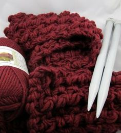 A Gift You Still Have Time to Make: Super Comfy, Super Quick Knit Scarf