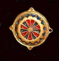 B23: replic of original emailled fibulae.  dimensions:30x30 mm material: bronze and enamel datation: I-II century AD  price: 17,85 euro
