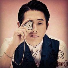 Steven Yeun - Glenn Rhee (Oficial Latino): junio 2014