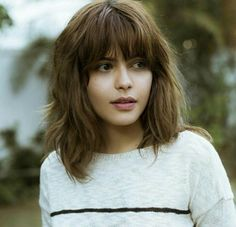 Hair Updos With Fringe Hairstyles With Bangs 34 Ideas Thick Hair Bangs, Short Hairstyles For Thick Hair, Hairstyles With Bangs, Cool Hairstyles, Curly Bangs, Short Bangs, Layered Hairstyles, Haircuts, Thick Hair Styles Medium