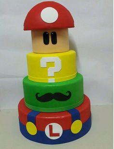 Bolo Fake Super Mario Super Mario Bros, Mario Bros Cake, Mario Birthday Cake, Super Mario Birthday, Super Mario Party, Bolo Do Mario, Bolo Super Mario, Nintendo Cake, Nintendo Party