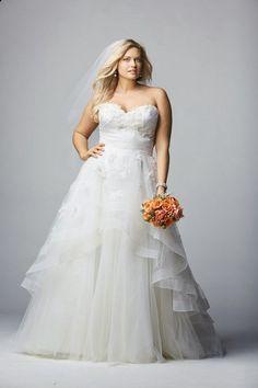 Si eres una mujer gordita y estas pensando en casarte esta colección que te traemos de hermosos vestidos de novias  es ideal para ti, ya que...