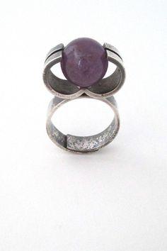 Elis Kauppi for Kupittaan Kulta Finland vintage Scandinavian Modernist silver & amethyst ring