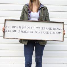 Resultado de imagem para walls house