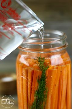 Fermented Carrots with Dill | Fermenting foods is an ancient method of preservation and also provides a host of nutritional benefits. Boost your immune system and gut health with this Simple recipe | http://simplynourishedrecipes.com/fermented-carrots-dill/