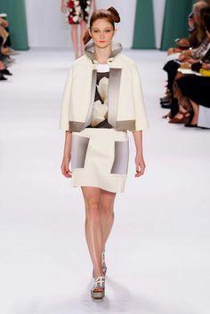 Carolina Herrera S/S 15 RTW - NY Fashion Week