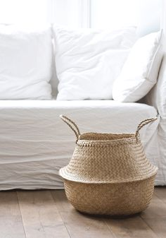 Natural basket — Bodie and Fou - Award-winning inspiring concept store Photography: Francois Kong, Styling: Karine Kong Decoration Inspiration, Interior Inspiration, Wabi Sabi, Belly Basket, French Baskets, Deco Design, Coastal Style, Simple House, Natural Living