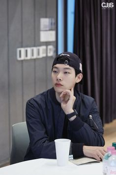 Korean Men, Korean Actors, Ryu Joon Yeol, Kdrama, Suwon, Korea Boy, Im Single, Victoria Falls, Flower Boys
