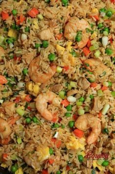 Chaulafan mixto con camarones y carne Avocado Recipes, Rice Recipes, Seafood Recipes, Cooking Recipes, Combination Fried Rice, Real Cooking, Lentils And Rice, China Food, Dominican Food