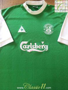 07d236e45 Relive Hibernian s 2000 2001 season with this vintage Le Coq Sportif home  football shirt.