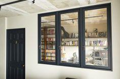 室内窓があるだけでこんなにオシャレ!光と風があふれる、室内窓のある家7選 - Yahoo!不動産おうちマガジン