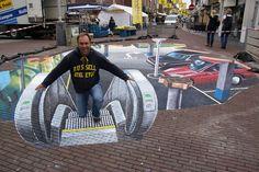 Straatkunstenaar Leon Keer maakte voor het ...