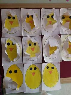 Kücken hatches from the egg Farm Animals Preschool, Preschool Crafts, Easter Art, Easter Crafts For Kids, Art Drawings For Kids, Art For Kids, Diy And Crafts, Arts And Crafts, Paper Crafts
