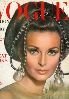 Samantha Jones 1967 Vogue Cover