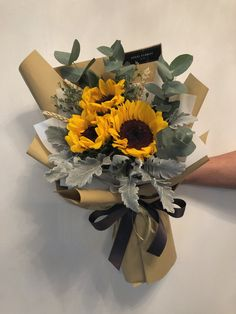 Boquette Flowers, Bunch Of Flowers, Fresh Flowers, Crochet Flowers, Mother's Day Bouquet, Bouquet Wrap, Hand Bouquet, Sunflower Arrangements, Sunflower Bouquets
