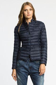 Winter Jackets, Blue, Fashion, Winter Coats, Moda, Winter Vest Outfits, Fashion Styles, Fashion Illustrations