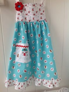 Little Girls Prairie Apron Apron Play Apron by FlutterBerryStudio. Fabric by Tasha Noel for Riley Blake Sewing Aprons, Sewing Clothes, Dress Up Outfits, Kids Outfits, Retro Apron, Fabric Yarn, Sewing Projects For Kids, Girls Dresses, Summer Dresses