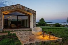 Contemporary Stone House Inspired by the Old Rural Buildings of Sardinia Small Country Homes, Flat Stone, Garden Villa, One Story Homes, Small Buildings, Level Homes, Construction, Stone Houses, Modern House Plans