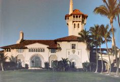 Mar a Lago, Palm Beach--Built in 1927 by Marjorie Merriwether Post, who navigated swamp to chose the location, which is today considered the most valuable property in Florida. Estate willed to Federal government, Trump purchased 10 yrs later 1985, invested millions to restore. Christie Hefner, East Coast Beaches, Tuscan Style Homes, Classical Architecture, Beach Town, West Palm Beach, Architectural Elements, Palaces, Castles