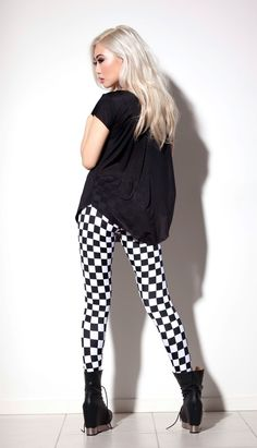 checkered leggings outfit