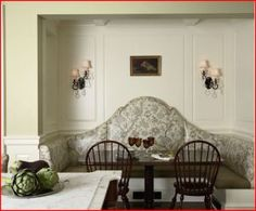 Traditional Kitchen Banquette Design, Pictures, Remodel, Decor and Ideas Banquet Seating, Booth Seating, Table Seating, Table Bench, Bench Seat, Kitchen Banquette, Dining Nook, Kitchen Nook, Banquette Bench