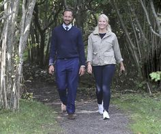 On August 31, 2016, Crown Prince Haakon and Crown Princess Mette-Marit of Norway arrived at Kragerø city in order to attend the celebrations relating to the 350th anniversary of establishment of Kragerø city. Kragerø received town privileges in 1666. In the days of the sailing ships, Kragerø was one of Norway's largest port cities
