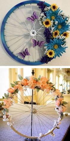 DIY Bicycle Wheel Wreath - DIY Ways to Recycle Bike Rims mehr zum Selbermachen a. DIY Bicycle Wheel Wreath - DIY Ways to Recycle Bike Rims mehr zum Selbermachen auf Interessante-ding. ideas for the garden Diy Simple, Easy Diy, Recycled Crafts, Diy And Crafts, Recycled Garden, Recycled Home Decor, Diy Wedding Crafts, Recycled Art Projects, Homemade Crafts