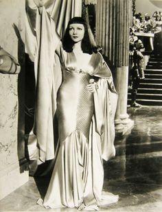 Travis Banton - Claudette Colbert, Cleopatra - 1934