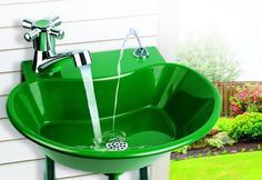 Ever wished for an outdoor sink? With this Water Fountain Faucet, installing a garden sink is easy! You don't even need the plumber - simply connect it to any outdoor hose spigot and garden hos Outdoor Drinking Fountain, Outdoor Fountains, Drinking Water, Garden Sink, Garden Hose, Fountain Garden, Fountain Design, Garden Art, Outdoor Sinks