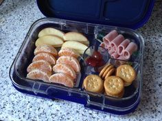 Preparing For School Lunch Time - Petit Mom