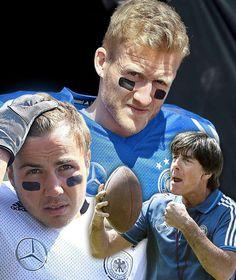 NATIONALMANNSCHAFT TRAINIERT MIT KRIEGSBEMALUNG Jogis Jungs jetzt Footballer