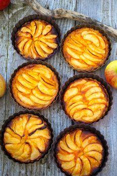 Paulas Frauchen: Apfel‑Sanddorn‑Tartelettes & Ostseekost