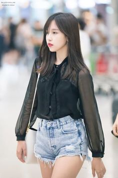 Kpop Fashion Outfits, Blackpink Fashion, Korean Outfits, Girl Outfits, K Pop, South Korean Girls, Korean Girl Groups, Myoui Mina, Dahyun