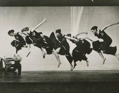 Martha Graham and chorus in Night Journey, with set by Isamu Noguchi. Photographer unknown