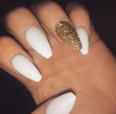 Acrylic Nails 35 stylish acrylic nail designs to try this year; beauty Acrylic Nails 35 stylish acrylic nail designs to try this year; Homecoming Nails, Prom Nails, Wedding Nails, Wedding Acrylic Nails, Nails & Co, My Nails, Gigi Nails, Matted Nails, White Coffin Nails