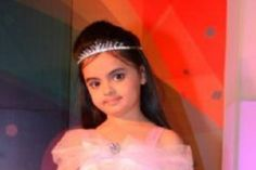 Ruhanika Dhawan's slam book!Cute and talented Ruhanika Dhawan who plays Ruhi in Balaji Telefilms' popular show Ye Hai Mohabbatein on Star Plus, answers our celebrity kids slam book questions.Birthday: 25th September.Nick name:Ruu. Ekta ma'am calls me Rockstar.Hometown:I am born in Mumbai but I belong to Delhi.Describe yourself: I am nice, naughty, cute and a bubbly girl.Hobbies: Swimming, dancing, writing, doing my homework, painting and art.Favorite movies: Tangled and Yeh Jawaani Hai…