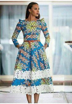 African Traditional Wedding Dress Robe Wax et dentelle ~African fashion, Ankara, kitenge, African women dresses, A… African Maxi Dresses, African Dresses For Women, Ankara Dress, African Attire, African Wear, African Women, Ankara Fabric, African Style, 50s Dresses