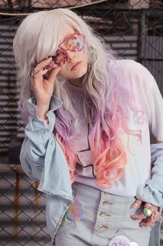 Pastel colour dip-dye. This colour concoction really reminds me of those little Love Heart sweets you get ;)