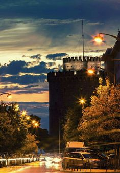 White Tower of Thessaloniki, historical Macedonia Greece Greece Travel, Italy Travel, Great Places, Beautiful Places, Macedonia Greece, Greece Thessaloniki, Travel Images, Travel Photos, Greek Islands