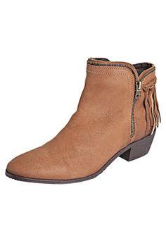 women boots brown country cute beautiful