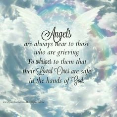 It can be hard to know what to do or say to someone who has suffered a loss and is grieving the death of a loved one. You can offer some words of encouragement with these uplifting quotes that you can use to help comfort someone who is grieving. Angel In Heaven Quotes, Angels In Heaven, Heavens Angel Quotes, Heaven Poems, True Words, Angel Protector, Loved One In Heaven, Missing Someone In Heaven, Condolence Messages