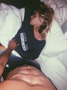 jayalvarrez:  sleep less dream more.. you passed out baby ! jayalvarrez