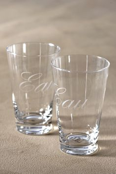 This Set; Riviera Maison Dolce Vita Glass L € Cottage Living, Pint Glass, The Hamptons, Home Accessories, Latte, Glasses, Tableware, Cupboards, Jars