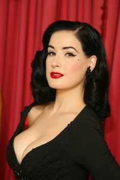 eb782b46e9b2 Dita Von Teese - she makes burlesque classy! A real tease indeed. She can  do wonders with a stage cocktail glass haha